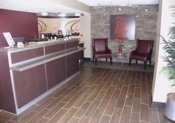 Red Roof Plus+ Atlanta   Buckhead Hotel